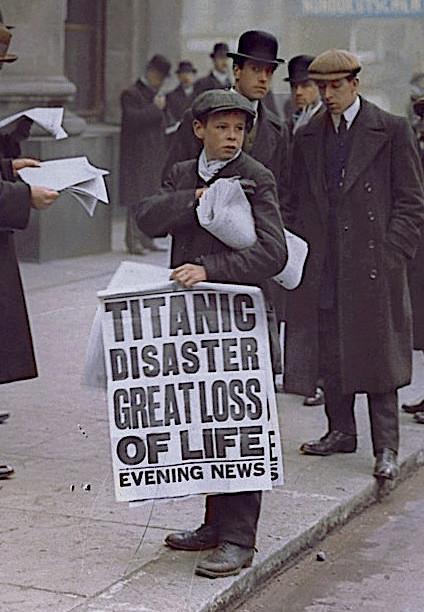 Titanic_paperboy_crop
