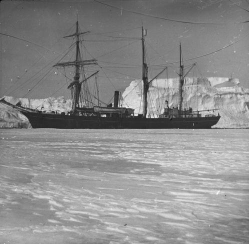 800px-Shackleton_nimrod_50