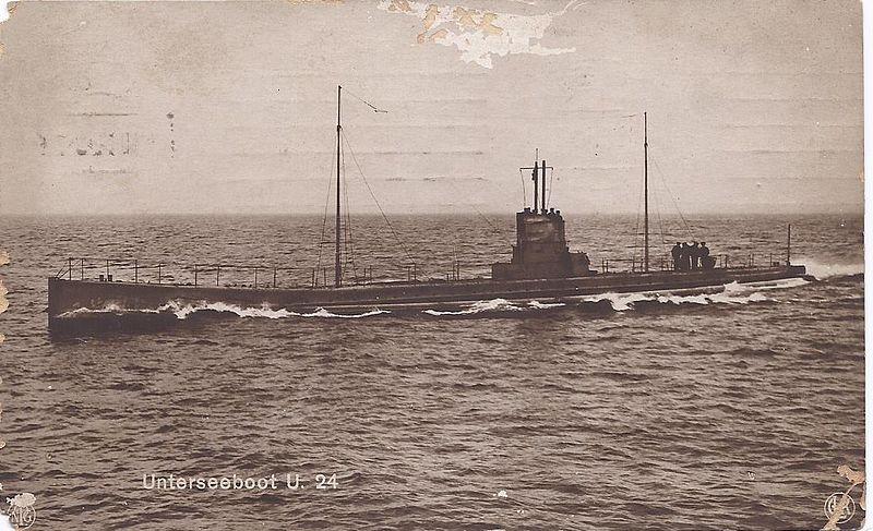 U-Boot_U-24_der_kaiserlichen_deutschen_Kriegsmarine.Scan_von_einer_alten_Postkarte_meine_Großeltern_von_1914_aus_dem_Nachlass