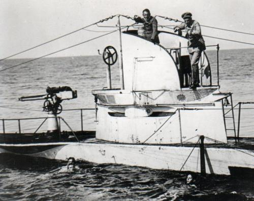 German_UBoat_U27_Sunk_19_August_1915_with_crew